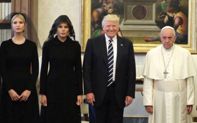 donald-trump---pope-xl_052517030917